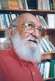 Paulo Freire Hezkuntzako idazkari izendatu. (Gaurko Pedagogia Kritikoa)
