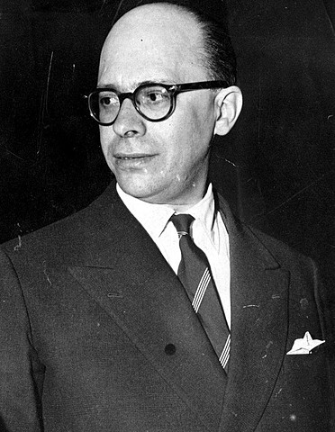 TERCEIRA REPÚBLICA  (1937 - 1946)- GETÚLIO VARGAS - 1937 - 1945