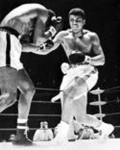 Muhammad Ali is back to fighting