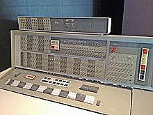 El computador IBM 7090