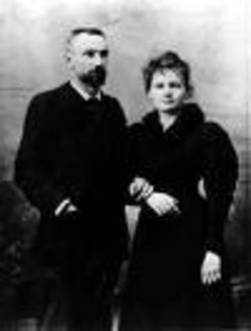Marie meets Pierre Curie