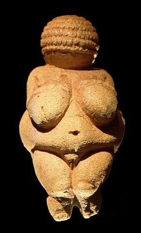 Escultura Venus de Willendorf (Neolítico)