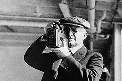 George Eastman kézi fényképezőgépe
