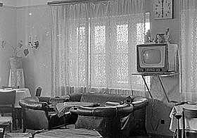 Színes televízió