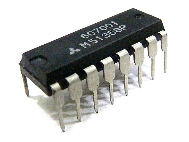 Fabricación basada en el uso de circuitos integrados con miles de componentes 3ªG.