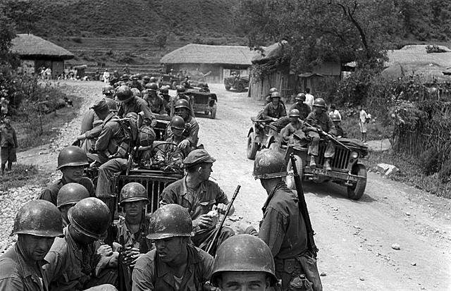 Koreakrigen startet