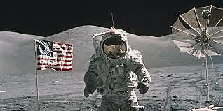 L'Uomo Sulla Luna