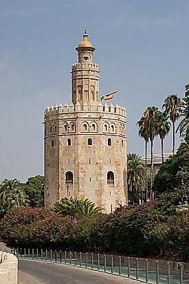 Construcción de la Torre del Oro