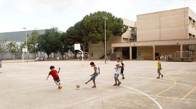 Xavi entra a l'escola Gaudí.