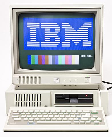 Cuarta generación de computadoras: el IBM-PC y el Lotus 1-2-3