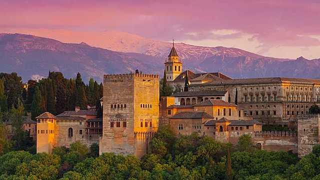 Construcción de la Alhambra