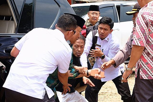 Wiranto ditusuk, 3 Tentara dicopot