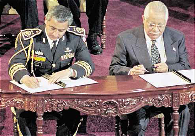 Firma de la Paz Firme y Duradera