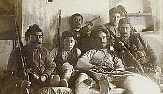 La ribellione di Koçgiri per l'indipendenza dei vilayet di Dyiarbakir, Van, Elazig e Bitlis.