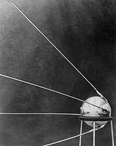 Soviet Union launched Sputnik 1
