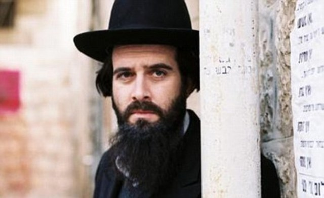 Male jews are granted full politicial and religional rights