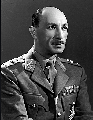 Zahir Shah becomes king
