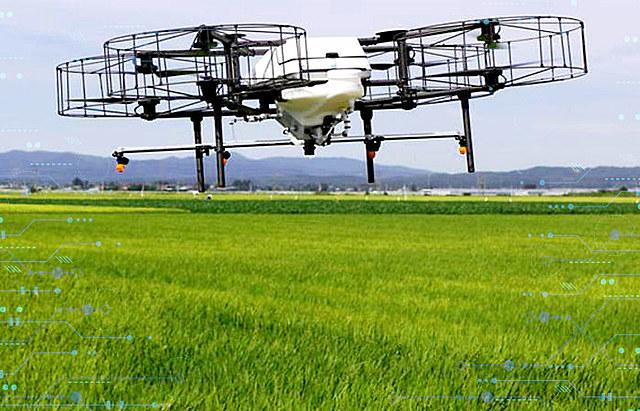 Drones de alta tecnología en ayuda de agricultores