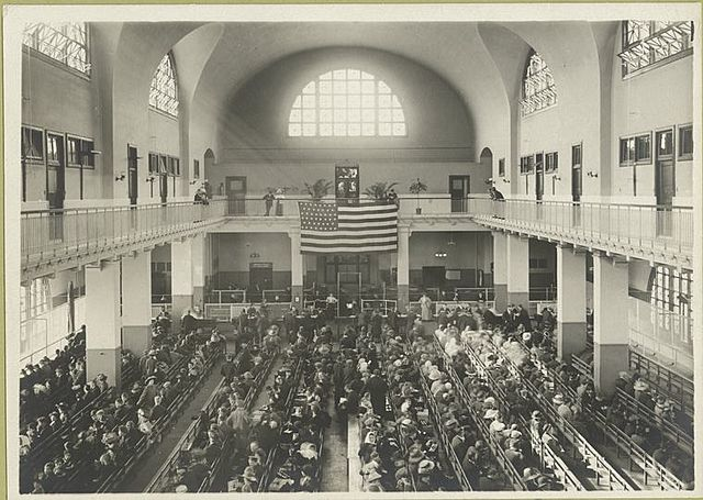 New record for the amount of people going though Ellis island