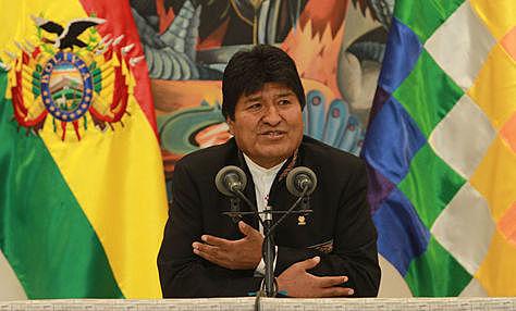Evo Morales denuncia que hay un golpe en marcha y llama a defender la democracia