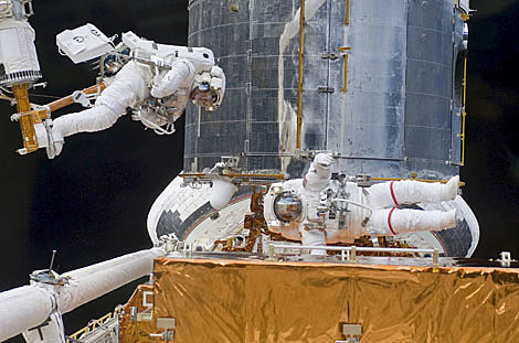 La reparación del Hubble, hito espacial.