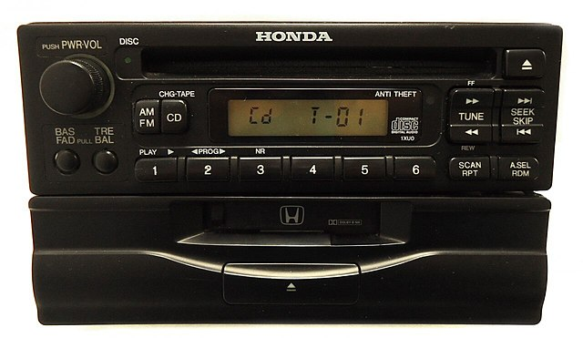 Radio en automóviles