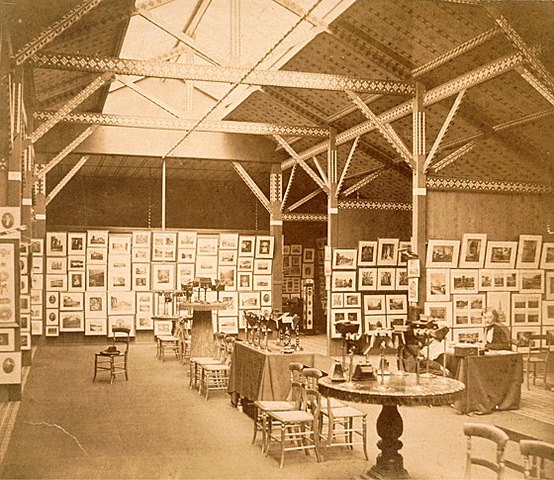 The Establishment of the French Société Heliographique