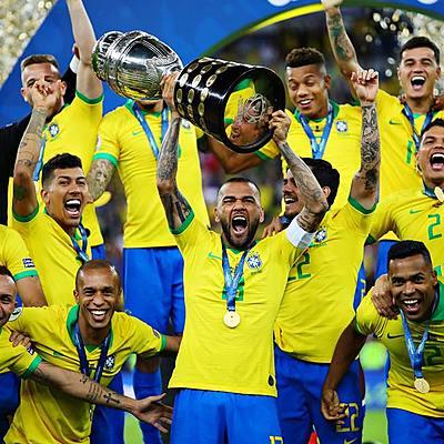 Fatos Históricos & Copas do Mundo timeline