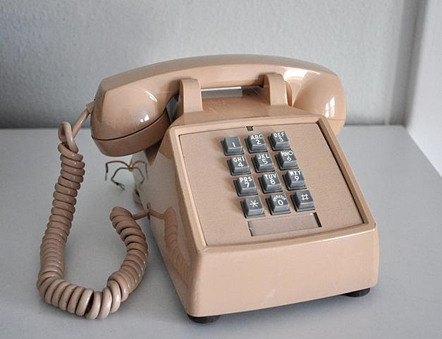 Teléfono con Tono & botones