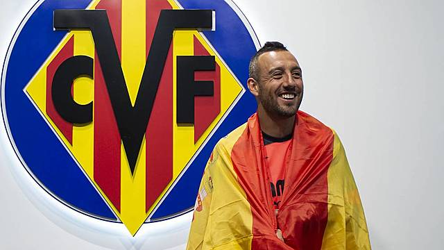 Cazorla es convocado de nuevo con España