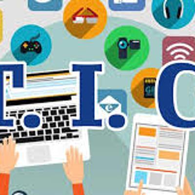 Evolución de las Tecnologías de la Información y la Comunicación timeline