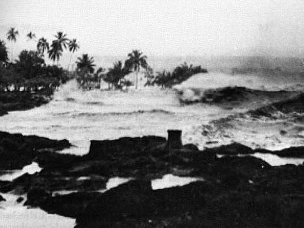 1946 Aleutians Tsunami - Alaska and Hawaii