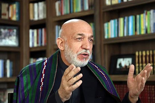 Hamid Karzai made leader of Afghanistan