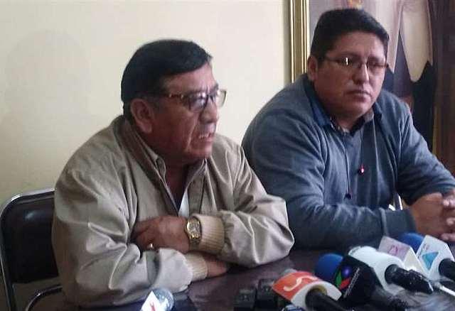 Choferes anuncian desbloqueo en todo el país si las protestas persisten