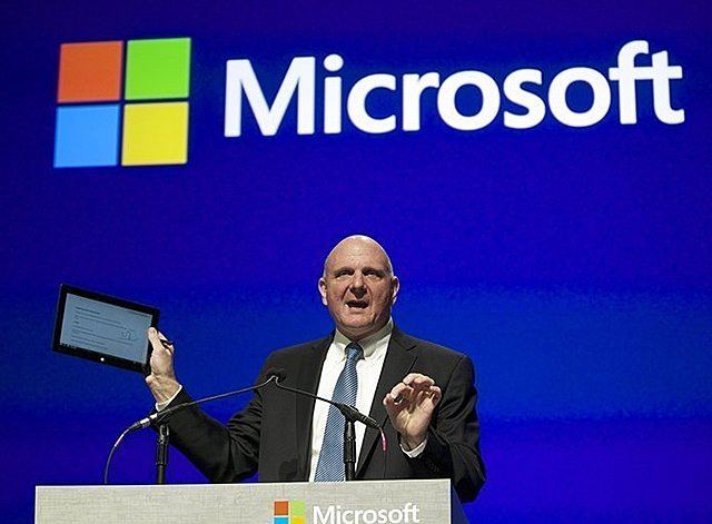 Steve Ballmer se incorpora a Microsoft