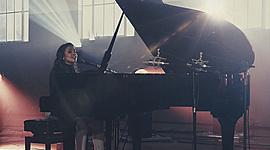 Músicas lançadas pela cantora Júlia Vitória timeline