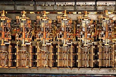 Los primeros conmutadores electro-mecanicos
