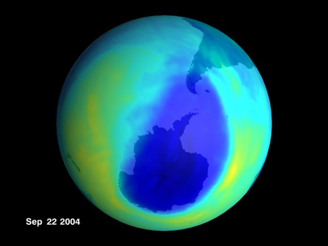600 mya Protective ozone layer in place.