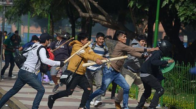 Videos de la violencia y los enfrentamientos en Cochabamba