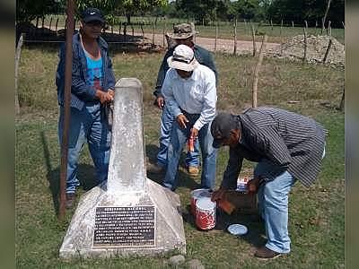 El Salvador y Honduras (2002)