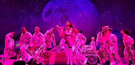Sweetener World Tour (First and Second Leg)