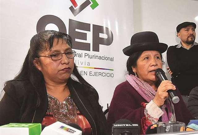 Aprehenden a la vocal Lucy Cruz, quien habría ordenado la caída del TREP