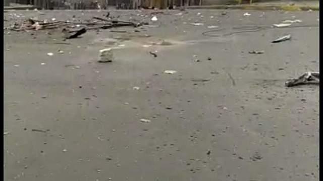 Dinamitazo causa destrozos en la avenida América
