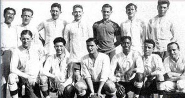Campeonato Sudamericano de Selecciones 1947, sede: ECU campeón: ARG