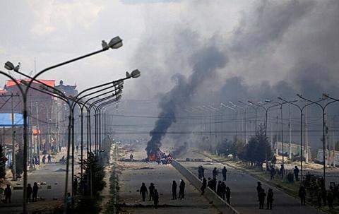 FFAA dicen que 'vándalos' usaron explosivos de alto poder en Senkata