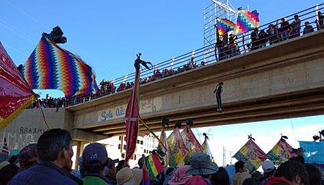 Gobierno llama a diálogo a 14 distritos de El Alto; Fejuve acepta, pero con garantías