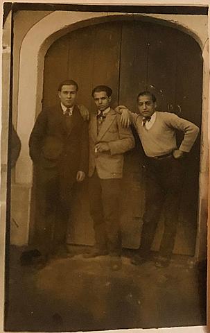 Robert en 1933