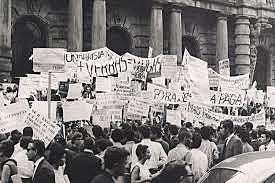 Movimento Estudantil (Q8-2015)