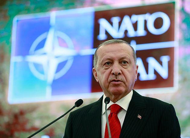 La Turchia entra nella NATO