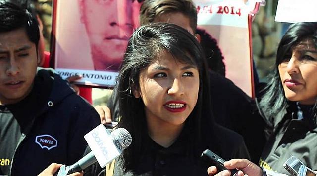 Los hijos de Evo Morales salen del país hacia Argentina
